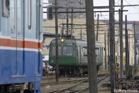 2009-05-30 14:01:02 200系(元南海電鉄22000系)と元東急電鉄5000形