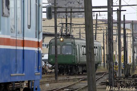 200系(元南海電鉄22000系)と元東急電鉄5000形 2009-05-30  14:01:02