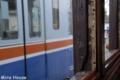 [電車][熊本電鉄]モハ71形(被爆電車)の窓枠と200系(元南海電鉄22000系) 2009-05-30