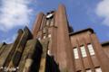 [東京][街角]2010-04-17 16:24:31 安田講堂