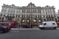 [ロンドン]Regent St. のアップル・ストア 2011-12-04 12:48:29