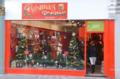 [ロンドン][クリスマス]ロンドンのクリスマスグッズの店 2011-12-05 12:34:27