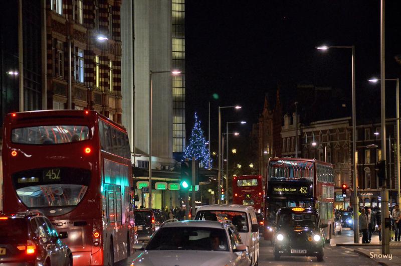 Kensington High Street(2011-12-02)