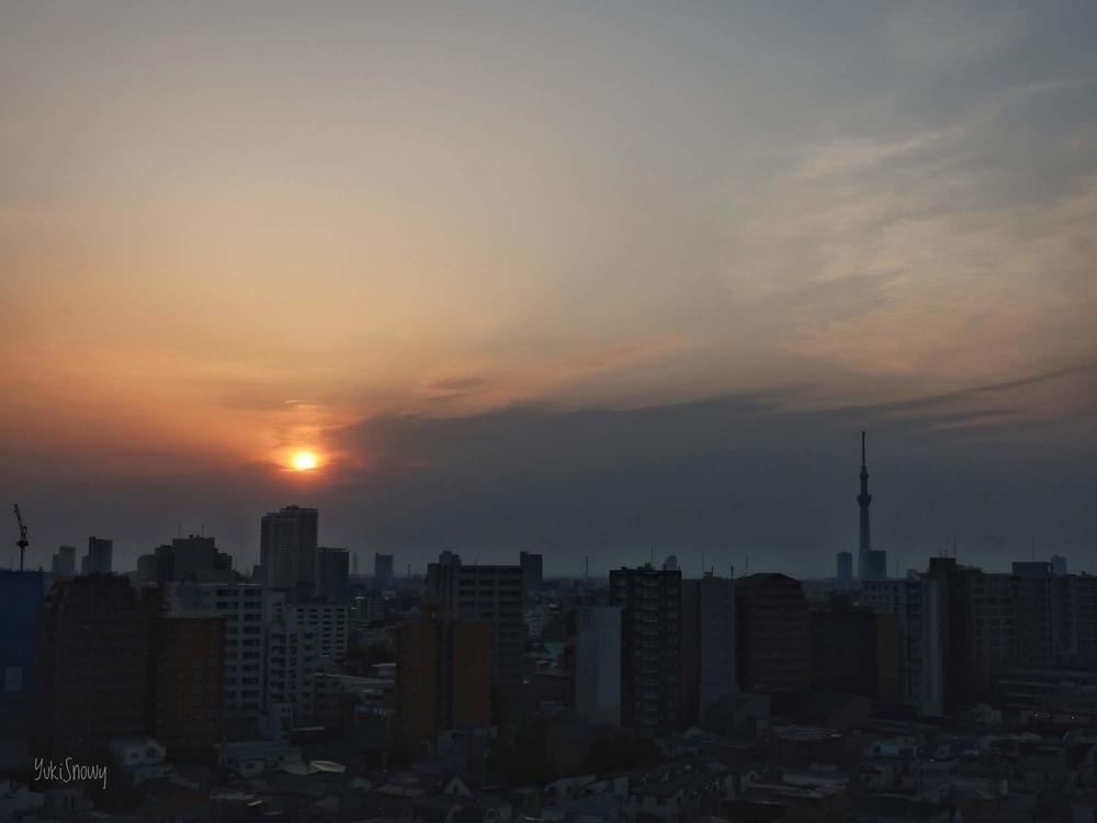 日の出(2019-03-28 05:57)