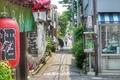 [東京][谷根千][路地]根津(2012-05-10 11:10)