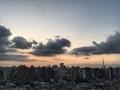 [空][雲][東京][朝]日の出1分前(2019-08-11 04:56)