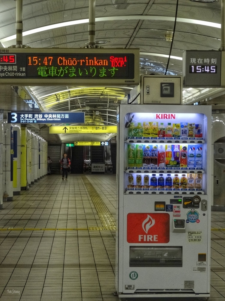 三越前駅(2015-05-19 15:56)