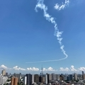 [空][雲][東京][飛行機]ブルーインパルス(2020-05-29 12:45)