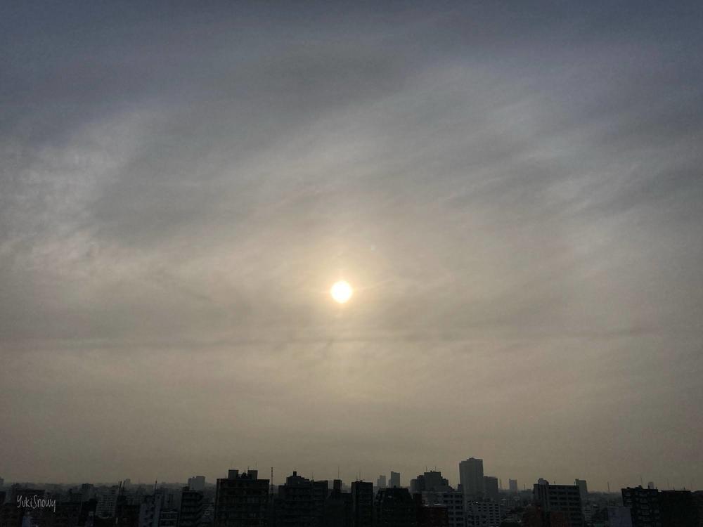 外暈(46度ハロ)(2020-07-20 06:15)