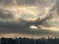 [空][雲][東京][朝](2020-11-26 07:15)