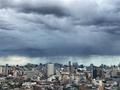 [空][雲][東京]羽田空港辺りで降っている雨(2021-05-02 16:28)