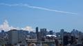 [空][雲][東京]ブルーインパルス(2021-07-23 12:54)
