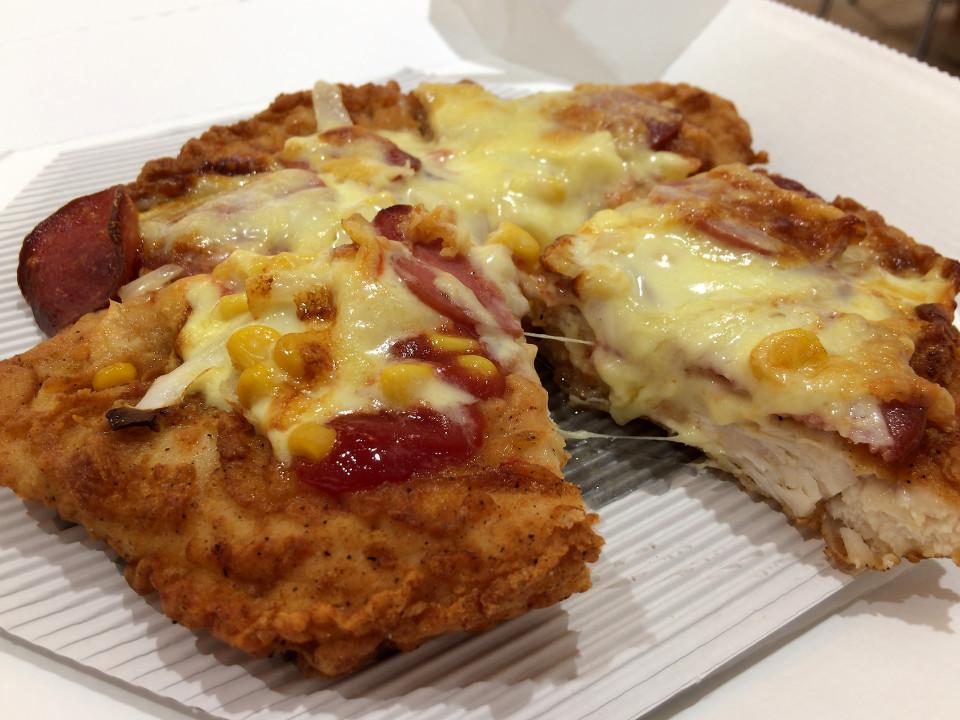 [KFC][CHIZZA][税込み980円][704kcal]