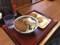 [楽釜製麺所][こく旨][チーズカレーうどん][580円][揚げ餅][100円][山芋の揚げ出し天][120円][満足牛肉コロッケ][120円]