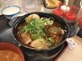 [松屋]松屋 鶏と玉子の味噌煮込み鍋膳 650円 1063kcal 増しチーズ 150円 180kcal (