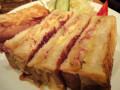 珈琲館 紅鹿舎 ホットサンド コンビーフチーズ
