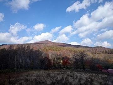JR山田線 車窓風景 兜明神岳 141019