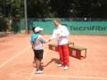 ハンガリーオープン表彰式レビーコーチが担当