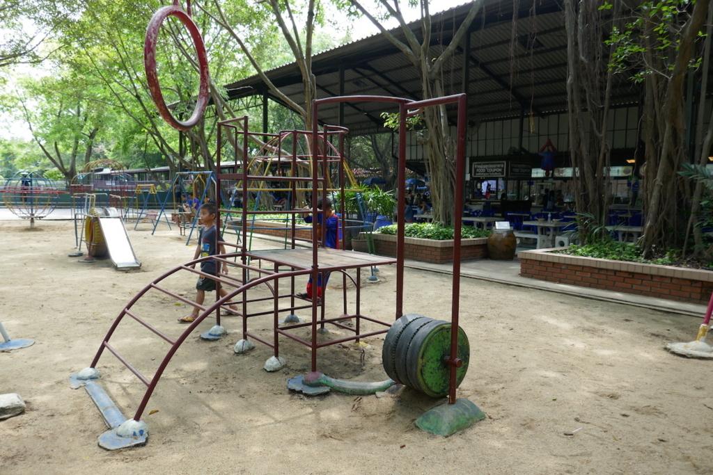 f:id:THAILAND:20180411185401j:plain