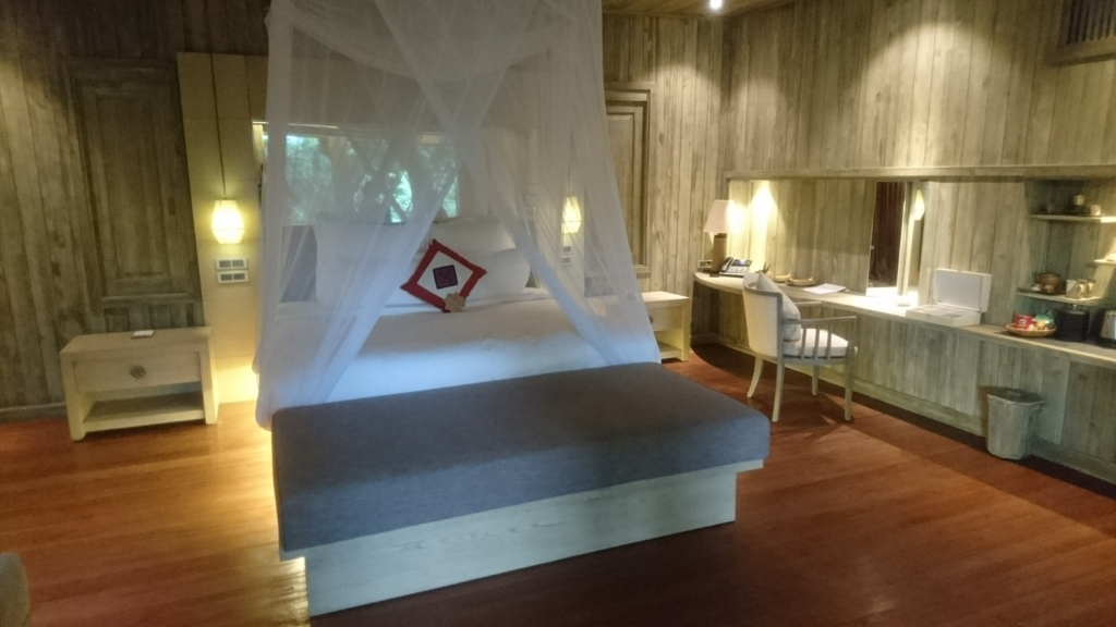 An Lam Retreat Ninh Van Bayのヴィラ二階のベッドルーム