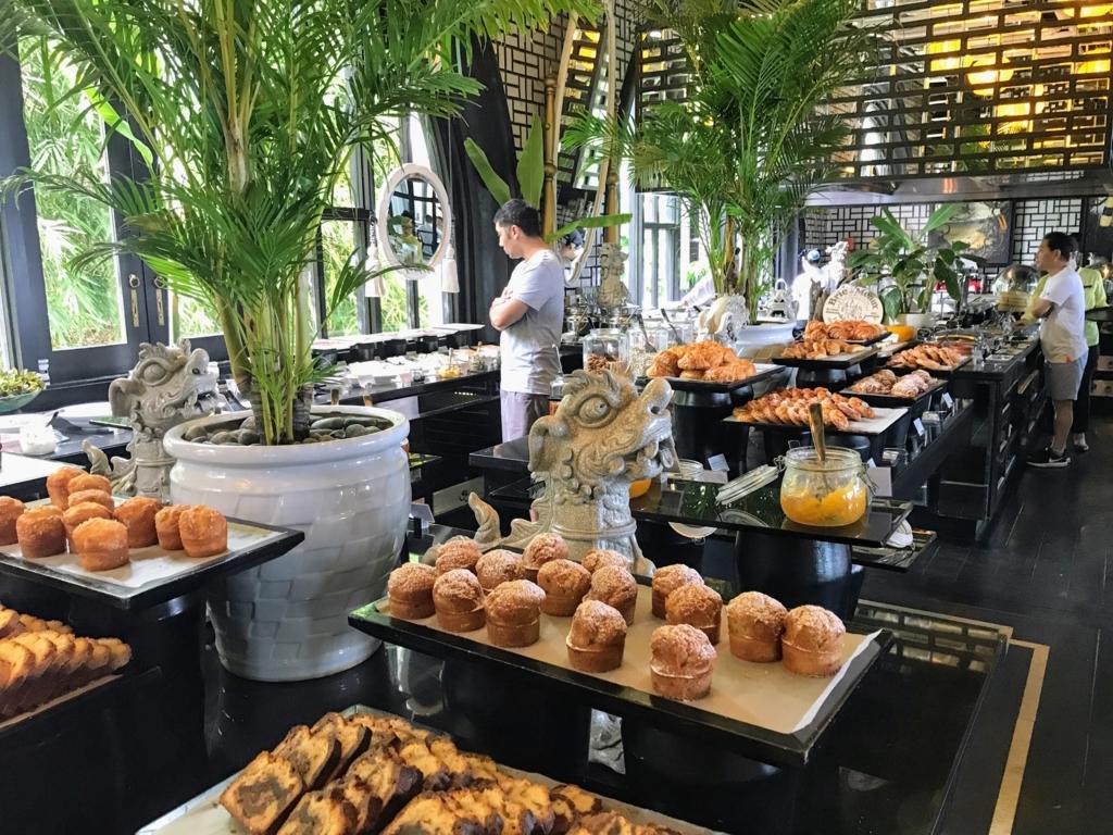 Intercontinetal Danangの朝食ブッフェメニュー