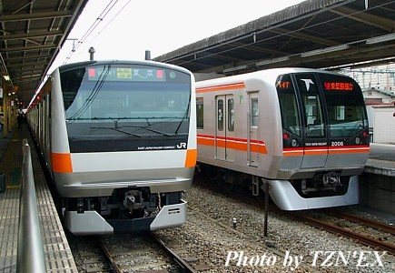 E233系各駅停車と東葉高速鉄道2000系