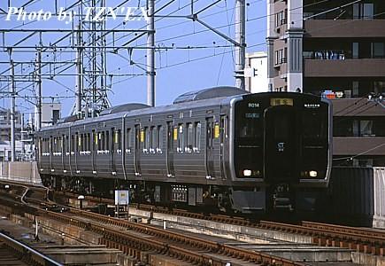 福北ゆたか線用813系