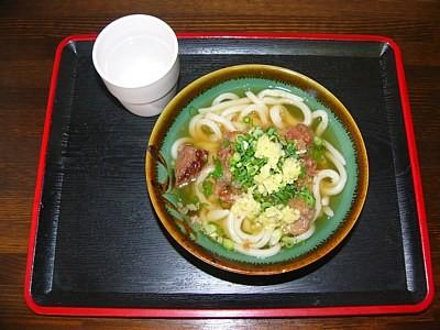 「高雄」の牛すじうどん(2011-09-24)
