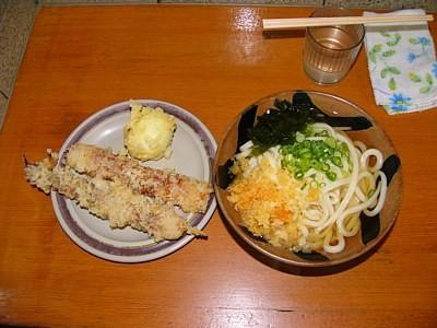 竹清のうどん、ちくわ天、半熟卵天、ゲソ天(2011-09-24)