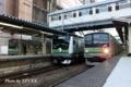 横浜線205系とE233系6000番台の並び