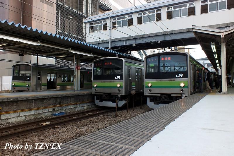 横浜線205系3並び