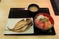 【丸勘】三色丼、アジのひもの