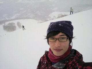 とりあえずスキーに来てみた。JiNS PCをサングラスとして転用。