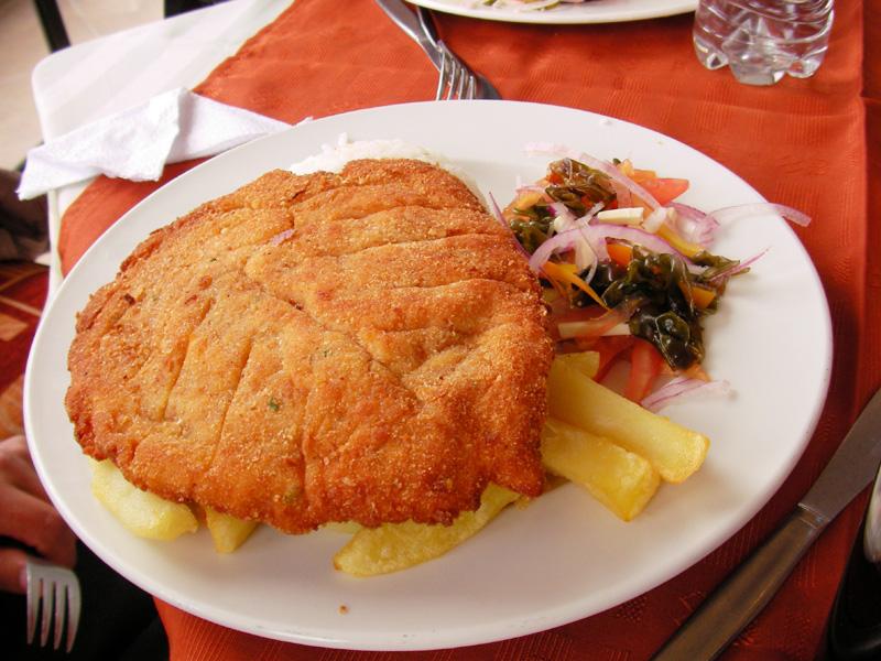 ペルー料理:ミラネサ・デ・ポヨ(Milanesa de pollo)