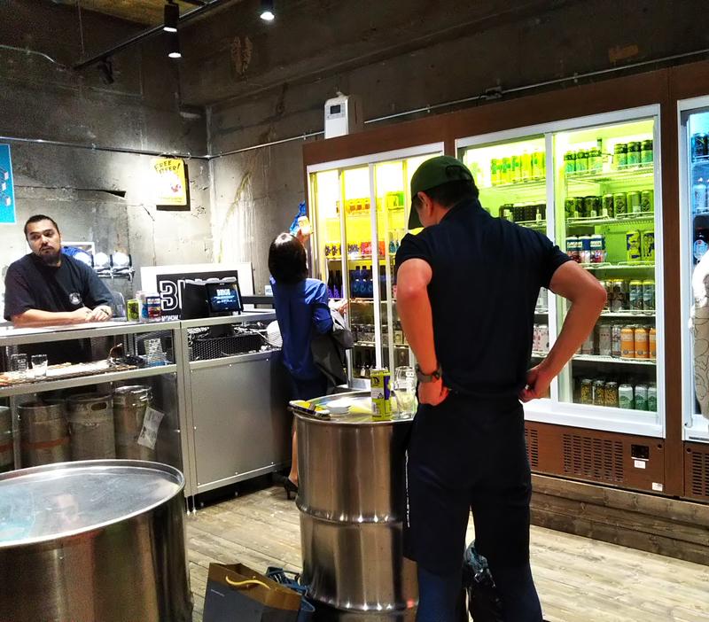 クラフトビールバーBINGE名古屋店