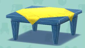 青いテーブル