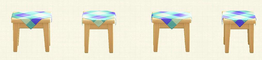あつ森の木製ミニテーブルのリメイクブルーパターン