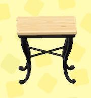 あつ森のナチュラルなスクエアテーブルのナチュラル