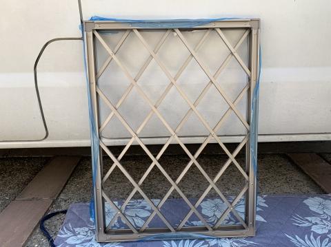 【防犯リフォーム】窓リフォームで空き巣対策を万全に!面格子の取り付け例をご紹介!