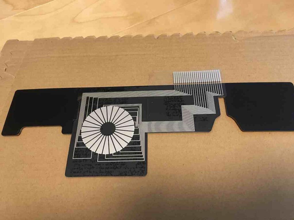 MilBoxTouchの組み立て 導電性フィルムを貼る