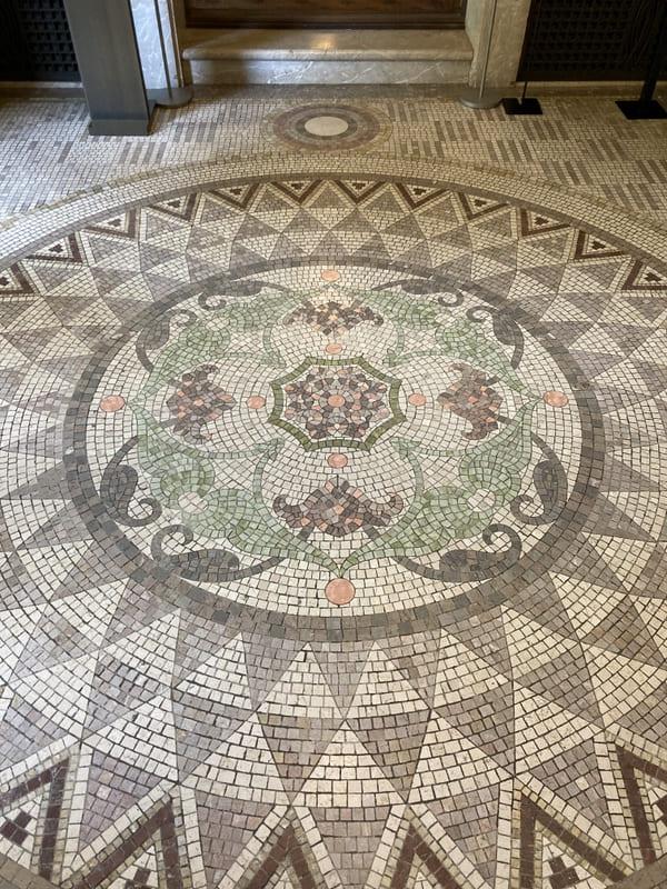 玄関の床の写真