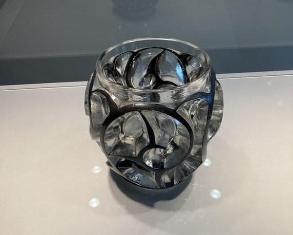 花瓶[つむじ風]の写真