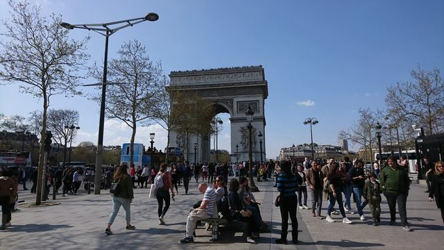 2019年3月末パリ凱旋門