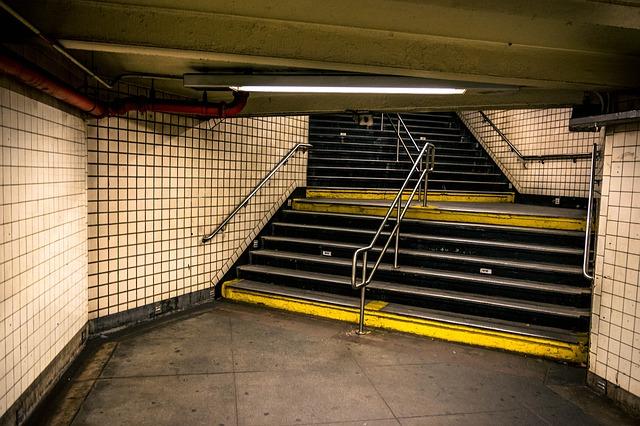 治安 地下鉄