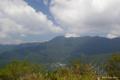 [山梨県][青木ヶ原樹海]三湖台から望む根場民宿・王岳