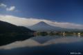 [山梨県][富士五湖][富士山]朝の逆さ富士