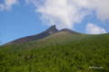 [北海道][駒ヶ岳]7合目付近から見る剣ヶ峰と円山