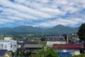 [長野県][小諸]ほんまち長屋館裏から望む浅間山