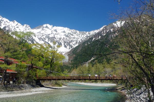 穂高連峰と河童橋
