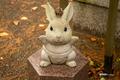 [島根県][出雲大社][寺社仏閣]野見宿禰神社のウサギ像 左側